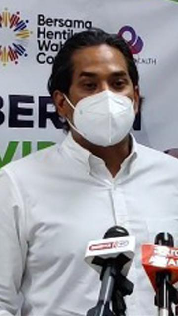LIVE: Khairy holds press conference after visiting Tanjong Karang vaccination centre
